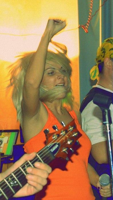 Концерт группы Аперль в Луганске 8 сентября 2012 г.