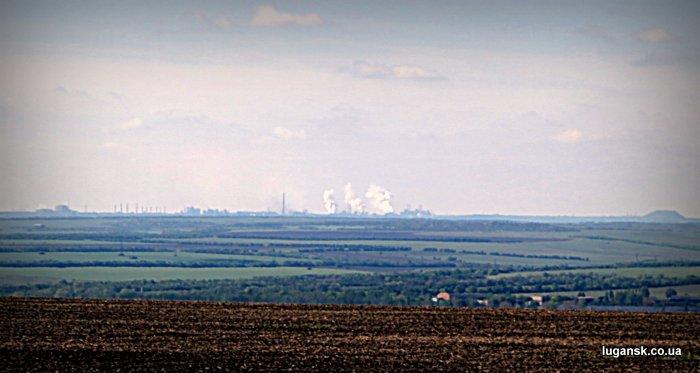 Фотография Алчевского металлургического комбината с бахмутки, Луганская область.