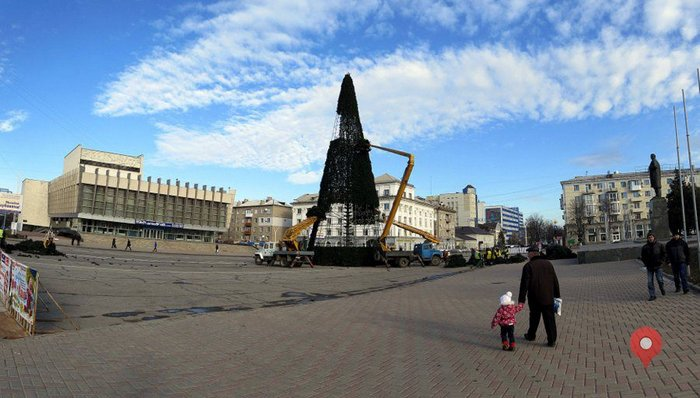 Новогодняя елка, Луганск, 2013-2014