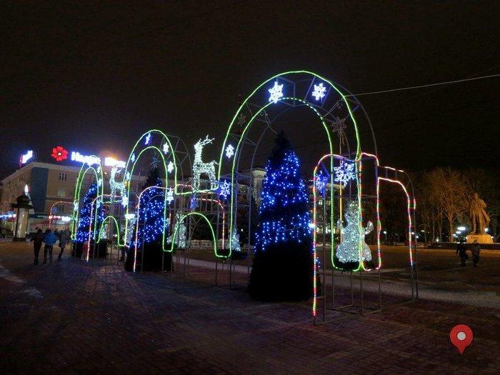 Новогодняя металлоконструкция, Луганск