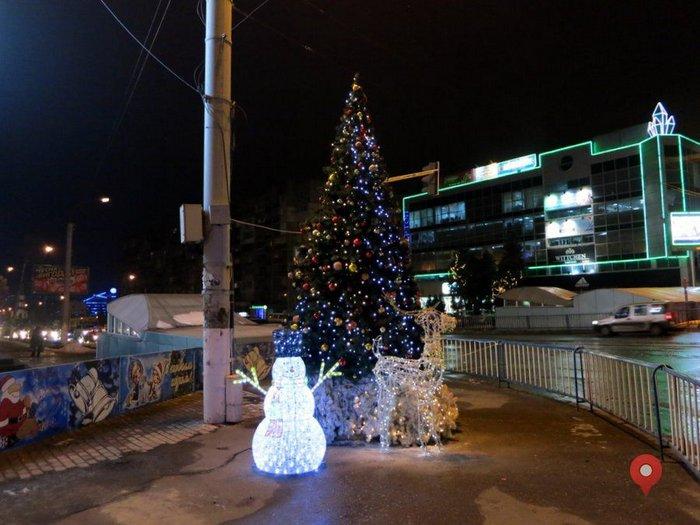 LED Снеговик, Луганск