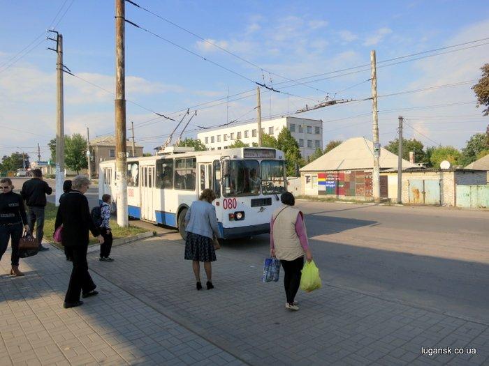 """Лисичанск под """"хунтой"""" - ходят троллейбусы."""