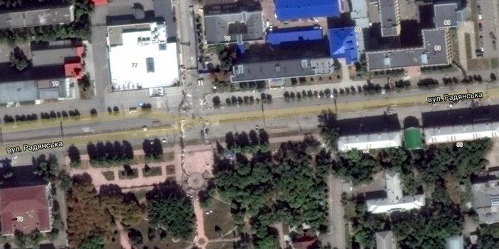 Баррикады вокруг СБУ в Луганске.