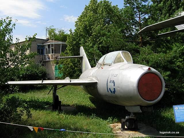 УТИ МИГ-15 Учебно-тренировочный истребитель