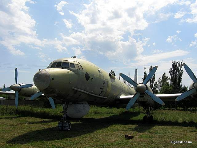 Ил-38 дальний противолодочный самолет