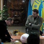 Александр Ирванец в Луганске в Украинско-канадском центре с презентацией книги