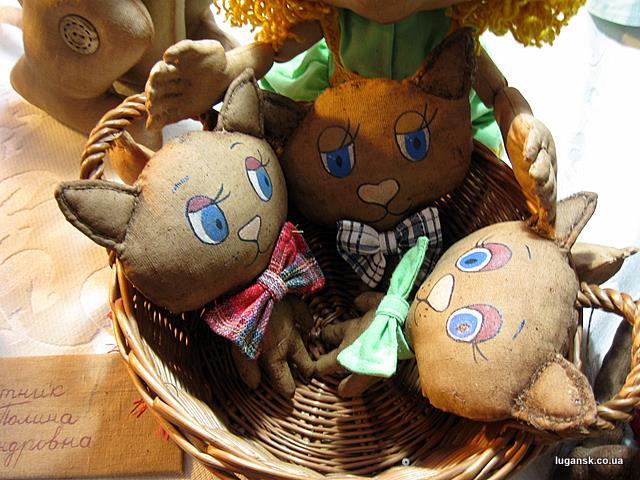 Котята в корзине. Куклы ручной работы
